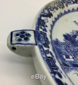 18th Century Chinese Porcelain Warmer Dish circa 1750