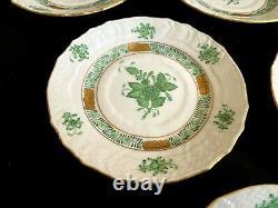 Herend Porcelain Handpainted Green Chinese Bouquet Dessert Plates 1512/av