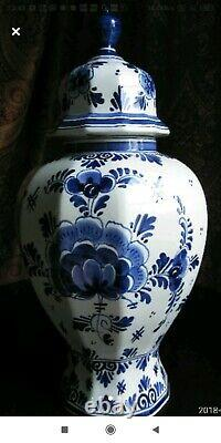 Holland BLUE DELFT #250 Ginger Jar with Finial Hand Painted Mid-Century 17 43cm
