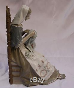 Magnificent Brand New Lladro Hand Painted Porcelain Figurine Of A Lady Knitting
