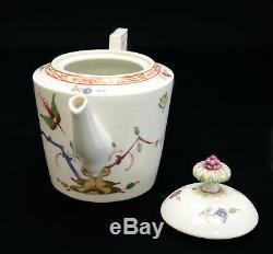 Meissen Germany Marcolini Hand Painted Porcelain Teapot Kakiemon