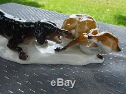 NYMPHENBURG GERMANY Hand-Painted #186 HOUND DOG ATTACKING FOX FIGURINE