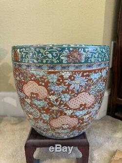 PAIR Antique Chinese Porcelain Planters. 10 high and diameter. Hand painted