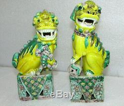 Pair Vintage Chinese Susancai Sancai Glazed Porcelain Foo Dogs Statues Figurines