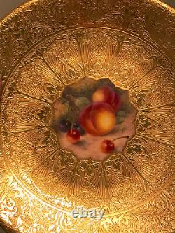 Royal Worcester Gilded Hand Painted Fruit Plate. Cabinet Plate. Signed Freeman