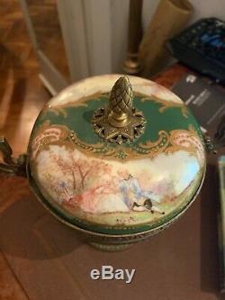Sevres style 19th century box green porcelain handpainted antique bonbonniere